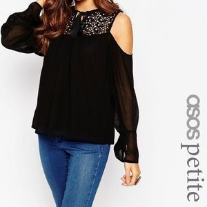 Cold Shoulder Lace insert top